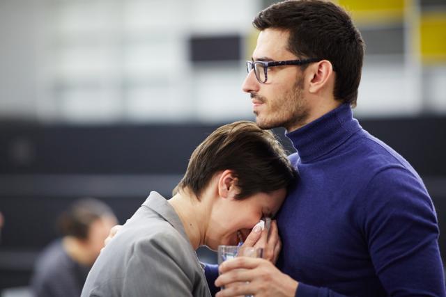 Lutando contra o luto: como a terapia pode ajudar a enfrentar este momento